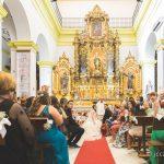 iglesia La Inmaculada y retablo durante la boda fotografo bodas la linea algeciras tarifa