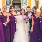 novia y damas de honor tras la boda
